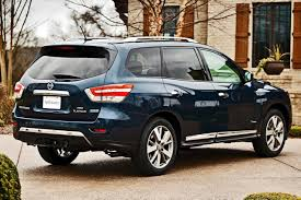 nissan pathfinder vs toyota highlander used 2014 nissan pathfinder hybrid pricing for sale edmunds