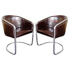 Bucket Armchairs A Pair Of Chrome And Patent Leather Tub Chairs By Thonet At 1stdibs