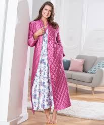 robe de chambre en satin pour femme robe de chambre matelassée en satin violine femme damart