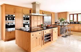 moderne landhauskche mit kochinsel landhausküche mit kochinsel attraktive auf moderne deko ideen