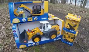 bruder excavator bruder toys cat jcb liebherr news 2016 youtube