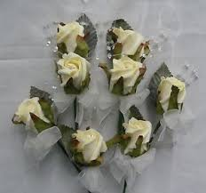 wedding flowers for guests wedding flowers 2 4 single buttonholes groom