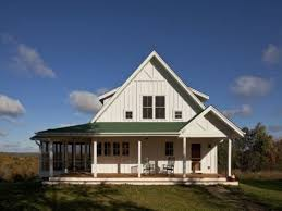porch one story farmhouse house plans one story farmhouse plans