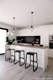 cuisine projet tabouret style industriel with contemporain cuisine décoration de