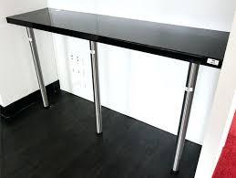 pied bar cuisine granits déco plan de travail en granit noir finition bar