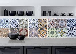 faience cuisine recouvrir un carrelage de cuisine impressionnant stickers faience