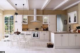 cuisine blanche et plan de travail bois cuisine blanche plan de travail bois free realisation moble