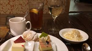 Buffet At The Bellagio by All You Can Drink Champagne Bellagio Sunday Brunch Buffet Youtube