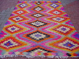 Modern Kilim Rugs 50 Most Dramatic Gorgeous Colorful Area Rugs For Modern Living Rooms