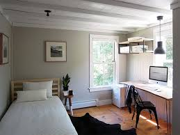 Gray And Brown Bedroom by Best 25 Bedroom Office Combo Ideas On Pinterest Small Bedroom