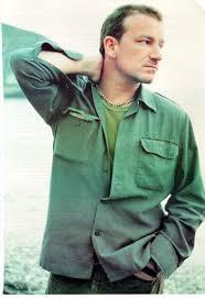 Bono ed i suoi capelli... trapianto o magggia??? - Pagina 6 Images?q=tbn:ANd9GcRU8-nqE_2hJaIsuA-vXcTAWPhtzlq56SA79ChhgNnLe99wU3qv