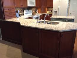 Madison Cabinets Homecrest Madison Cherry Cinnamon Cocoa Perimeter And Kemper