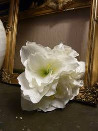 Silk Amaryllis Flowers - bunch of 4 red queen amaryllis heavenlyhomesandgardens co uk