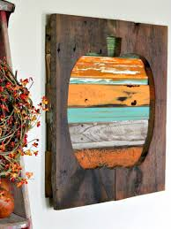 Wood Halloween Crafts These 22 Pallet Wall Art Ideas Will Have You Busy By The Weekend