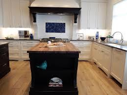installer cuisine equipee pose et agencement de cuisine et salle de bain des bois