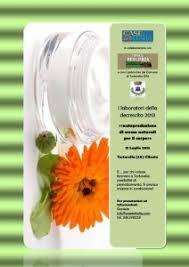 laboratorio di autoproduzione di creme naturali per il corpo