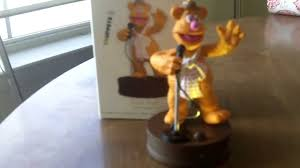 the hallmark fozzie muppets ornament in high definition