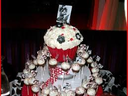 bettie themed birthday party cake pops