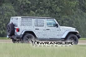 2018 jeep wrangler jl 2 door spied zf 8 speed auto and other 2018 jeep wrangler jl drops major camo revealing nearly all