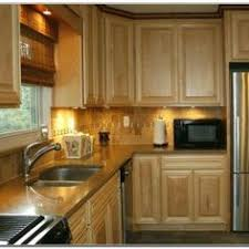 des moines cabinet makers two different colored kitchen cabinets http shanenatan info