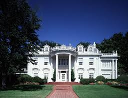 dallas eclectic architecture neoclassical elements found this home include the roofline balustrades full height porch supported two story classical columns with corinthian