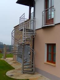 gel nder f r treppen uncategorized kleines design außen treppenaufgang metalltreppen