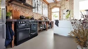 küche industriedesign wohntrend factory style bodenbelag im industrial design