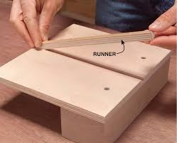 Free Diy Router Table Plans by How To Make Box Joints With A Router Table Diy Jig Plans