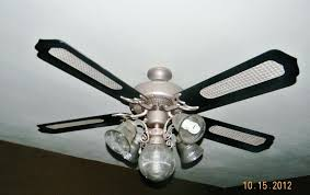 spray paint ceiling fan how to spray paint ceiling fan blades www lightneasy net