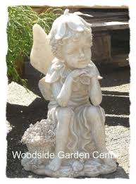 polystone with flower basket home and garden ornament