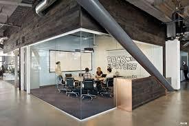 bureau start up salle de réunion dropbox bureaux startup office