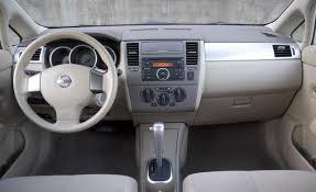 nissan sentra interior 2010 car picker nissan versa interior images