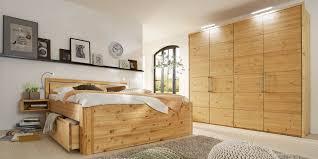 Passenden Schlafzimmer Mobel Wahlen Schlafzimmer Gloria In Astkiefer Massivholzmöbel Von Gomab