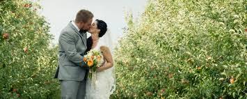 Dress Barn In Manhattan Wedding Venue Barn Wedding Wedding Ceremony Middletown