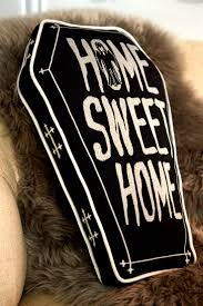 horror home decor 1536 best home sweet horror images on pinterest bedroom ideas