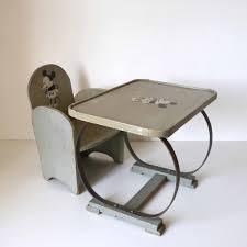 bureau enfant mickey mickey bureau enfant la marelle mobilier vintage pour enfants