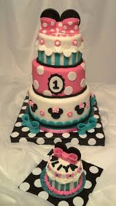 50 best minnie bowtique party images on pinterest minnie mouse