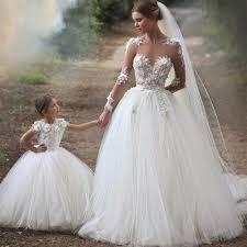 robe de mariã e princesse dentelle sheer manches longues en dentelle appliques chérie tulle robes de