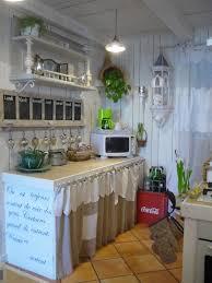 la cuisine du placard rideaux placard rideau coulissant pour placard cuisine with rideaux