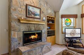 Sparks Fireplace - vacation rental homes in sunriver and caldera springs
