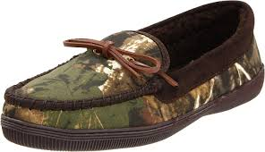 mens bedroom shoes amazon com tamarac by slippers international men s camo moccasin