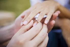how much does an engagement ring cost how much uk couples now spend on engagement rings the independent