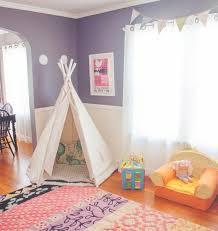tente chambre garcon diy chambre enfant fille avec un tapis multicolore tipi pour