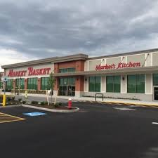 market basket thanksgiving hours market basket 16 reviews organic stores 1 commerce way