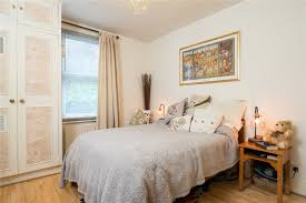 Bedroom Band 1 Bedroom Property To Let In Oxford Gardens Chiswick W4 1350 Pcm