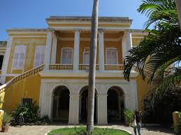 type of house french colonial