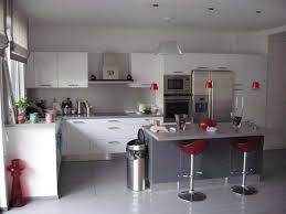 deco cuisine blanc et decoration cuisine bleu et jaune deco pour grise newsindo co