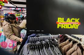 thanksgiving day shopping rei will close on black friday paying employees to go outside instead