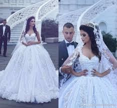 Bride Gowns Vintage Embroidery Lace Wedding Dresses 2017 Dubai Princess Bridal
