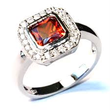 ruby red rings images Princess cut ruby red promise ring cute promise rings png